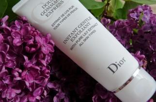 Glatte Haut mit dem Peeling Peeling Doux Gommage Express von Dior.