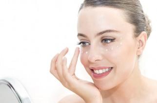 Augencreme – wie wirkt sie und wie sollte dieses Pflegeprodukt verwendet werden?