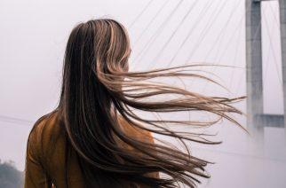 Sparen Sie am Shampoo nicht! Wie reinigen Sie genau die Haare und entfernen alle Produkte zum Haarstyling?