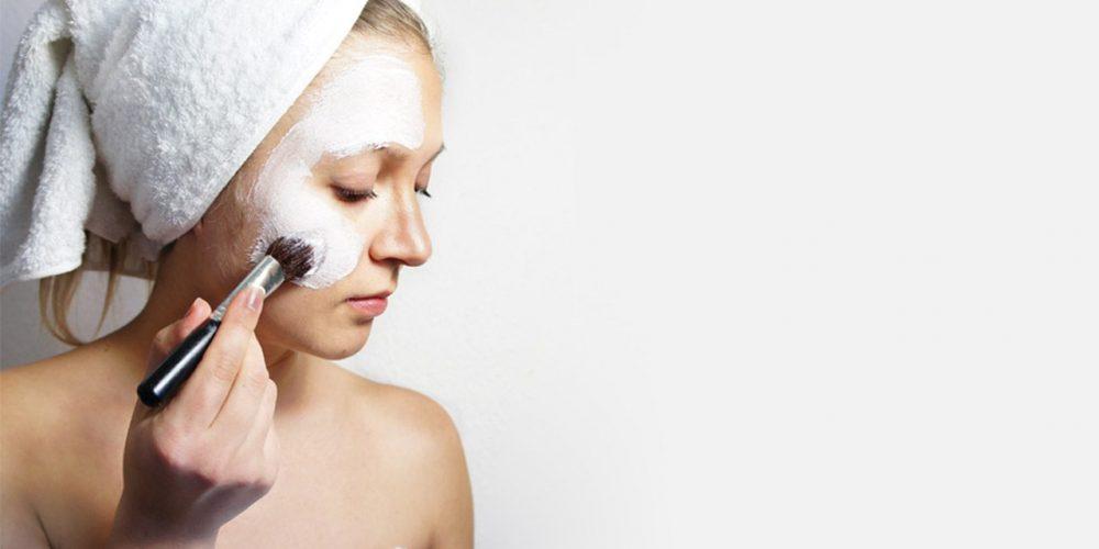Wie sollten Sie für die Gesichtshaut sorgen? Fragen zum Thema Hautpflege