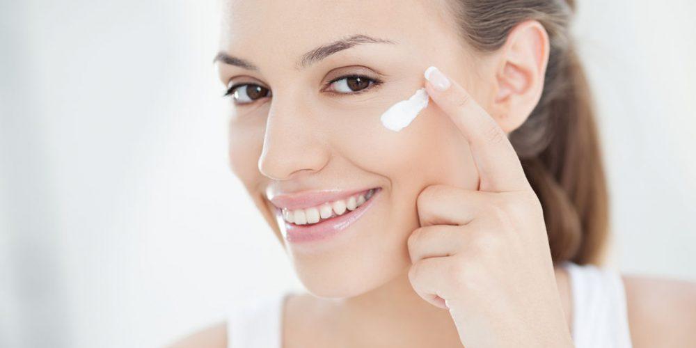 Was enthält eine gute Feuchtigkeitscreme? Hyaluronsäure, Kollagen und andere Inhaltsstoffe