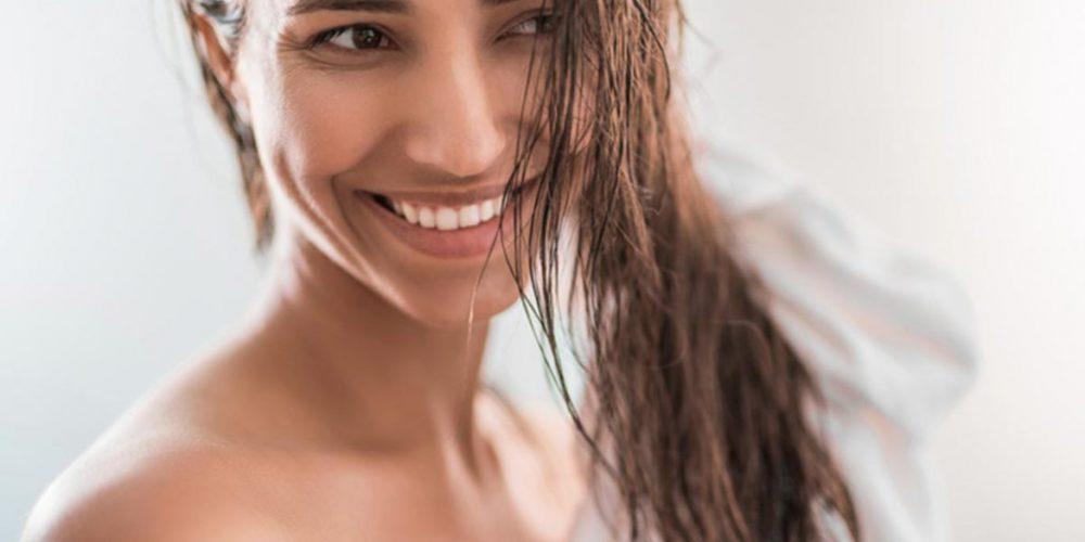 Haare richtig pflegen. Entdecken Sie 5 wichtigste Haarpflegeregeln